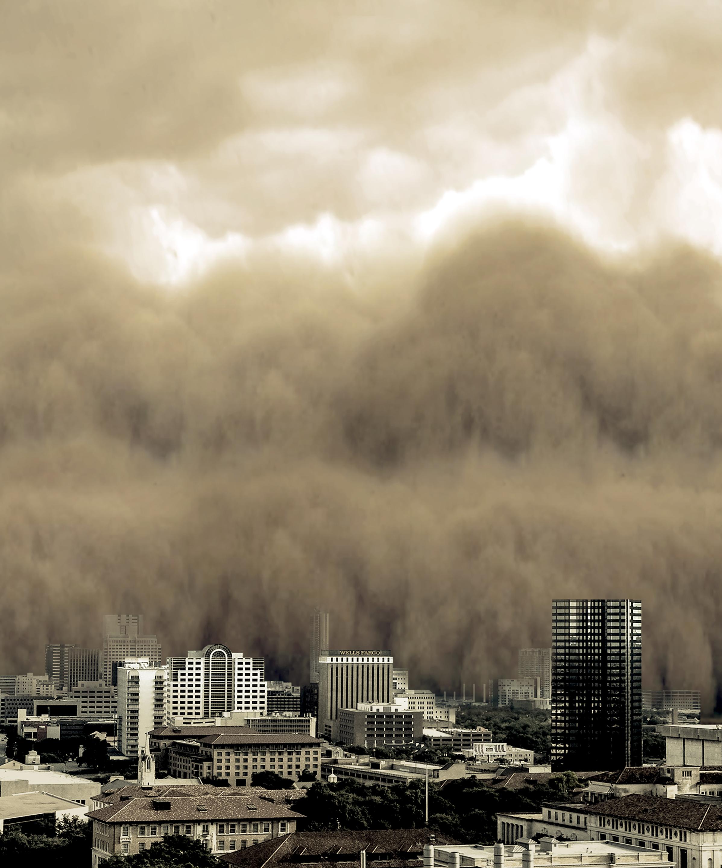 A Monstrous Dust Storm Roars Through Austin, Texas